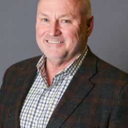 Walter R Lowe, Head Team Physician