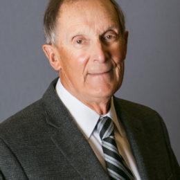 Arthur C Rettig, Head Team Physician