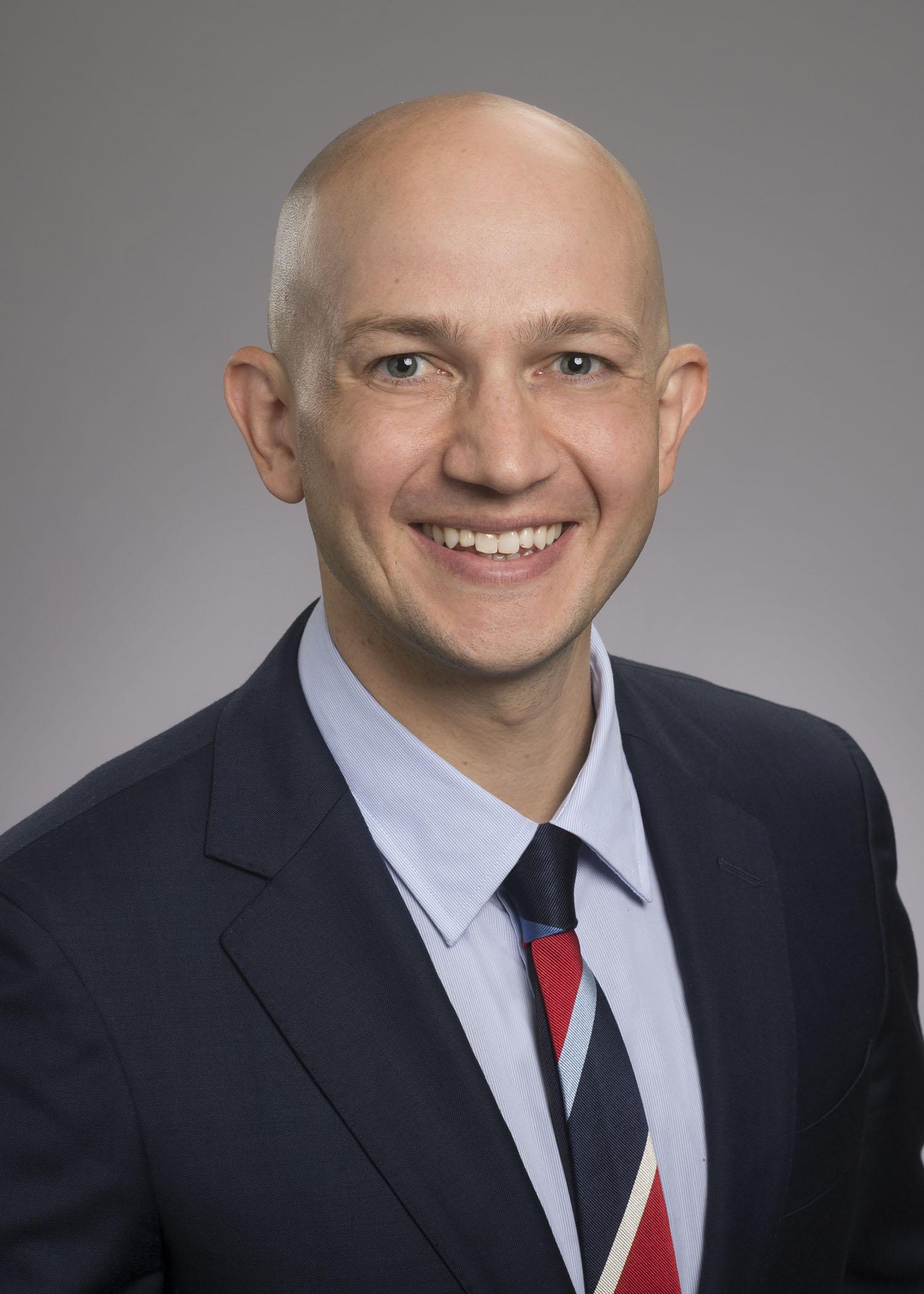 Lee Kneer, MD
